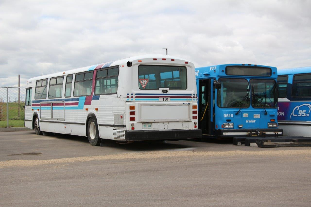 Saskatoon Transit 101 and 9515 - 02JUN18