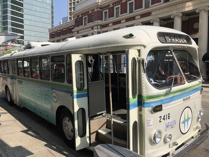brill-trolleybus-street-min